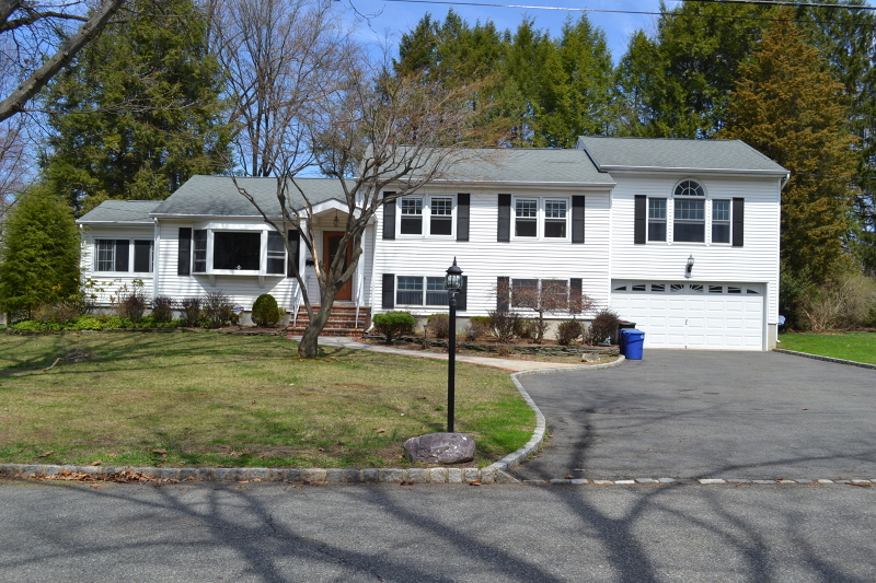 Single Family Home for Rent at 11 Knapp Avenue Florham Park, New Jersey 07932 United States