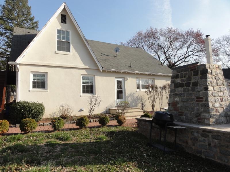 Частный односемейный дом для того Аренда на 45 Lakeside Dr N Piscataway, Нью-Джерси 08854 Соединенные Штаты