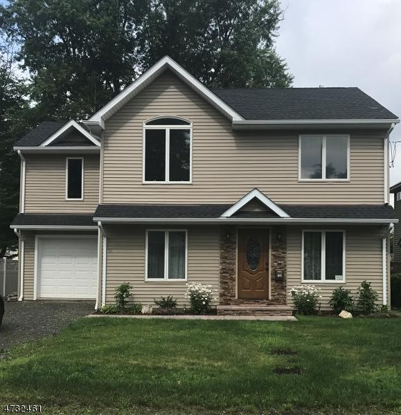 Casa Unifamiliar por un Venta en 106 Jefferson Street Wanaque, Nueva Jersey 07420 Estados Unidos