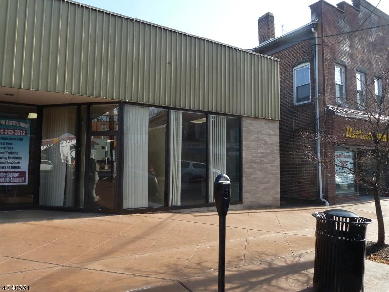 Commercial pour l Vente à 153-155 MAIN Street Hackettstown, New Jersey 07840 États-Unis