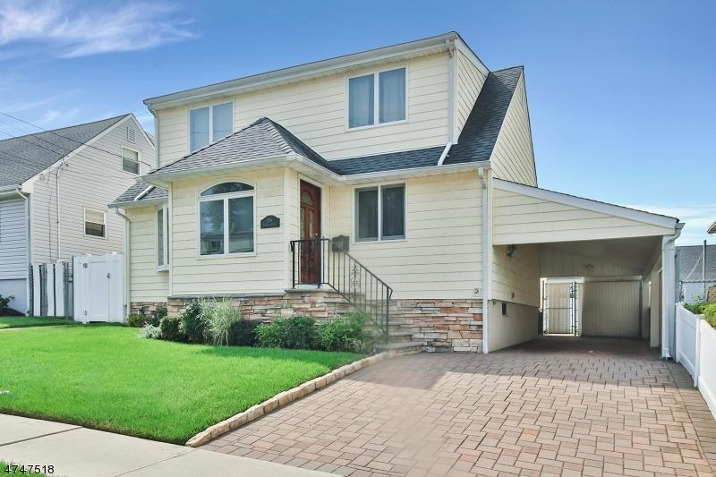 Частный односемейный дом для того Продажа на 356 Harding Avenue Lyndhurst, Нью-Джерси 07071 Соединенные Штаты