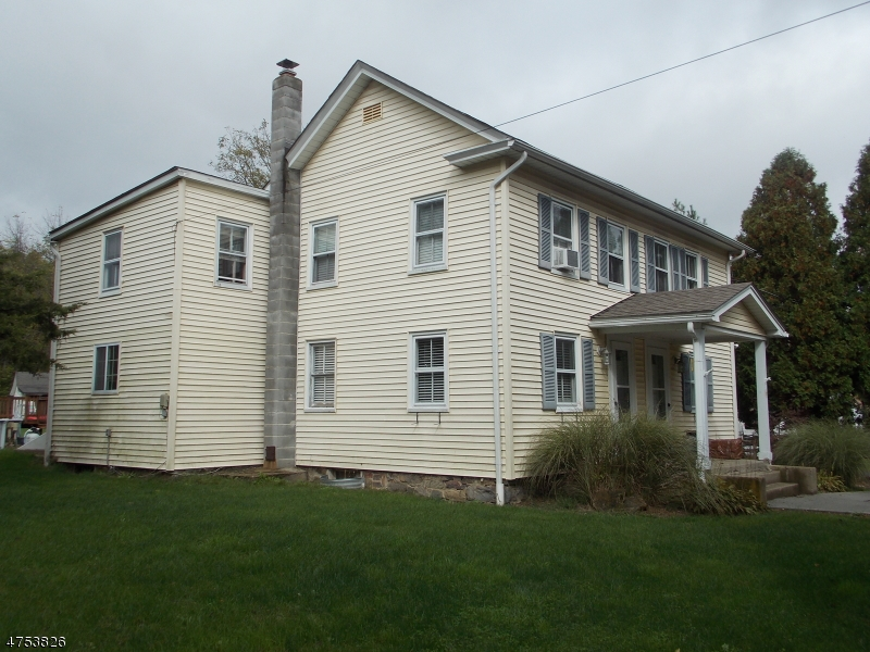 Single Family Home for Sale at 701 Pequest Road Oxford, New Jersey 07863 United States