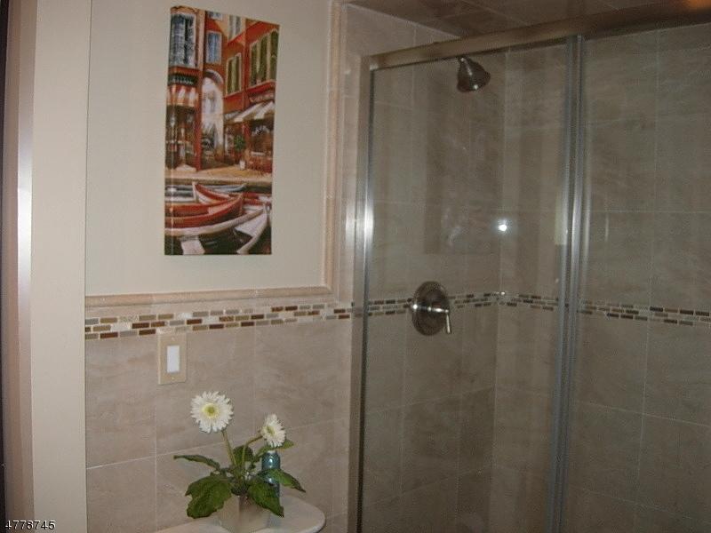 Casa Unifamiliar por un Alquiler en 222 Long Meadow Road Bedminster, Nueva Jersey 07921 Estados Unidos