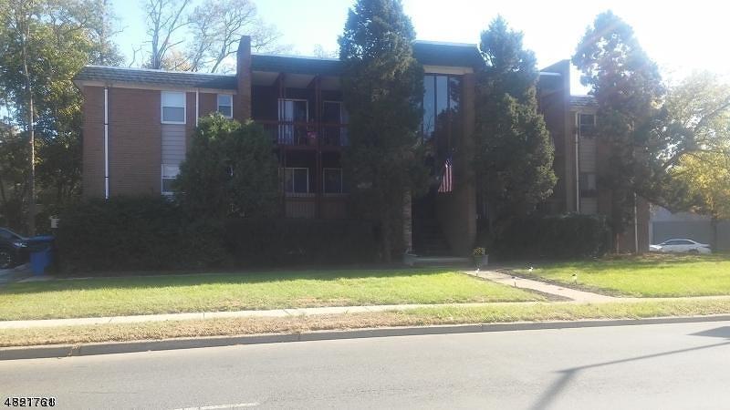 Tek Ailelik Ev için Kiralama at 564 Thomas Blvd Orange, New Jersey 07050 Amerika Birleşik Devletleri