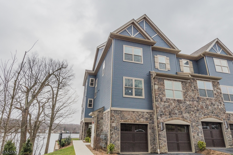 Condominium for Sale at 507 MARINERS POINTE 507 MARINERS POINTE Hopatcong, New Jersey 07843 United States