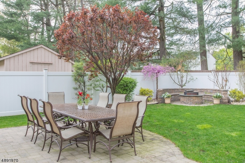 Additional photo for property listing at  Mountainside, Nueva Jersey 07092 Estados Unidos