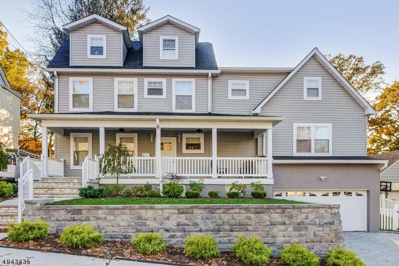Single Family Homes für Verkauf beim Nutley, New Jersey 07110 Vereinigte Staaten