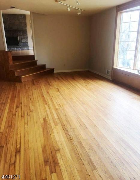 Additional photo for property listing at  Harrington Park, Нью-Джерси 07640 Соединенные Штаты