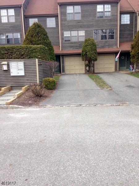 独户住宅 为 销售 在 45E MANCHESTER Lane 西米尔福德, 新泽西州 07480 美国