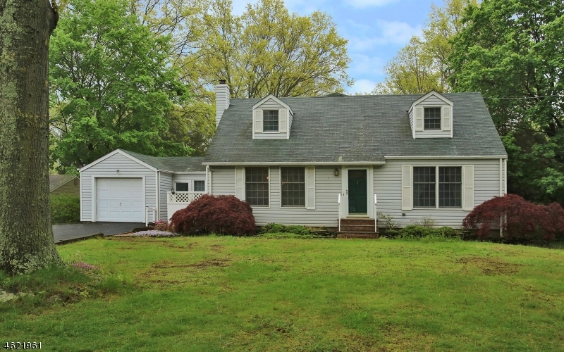 Single Family Home for Sale at 11 Wilson Road Somerset, New Jersey 08873 United States