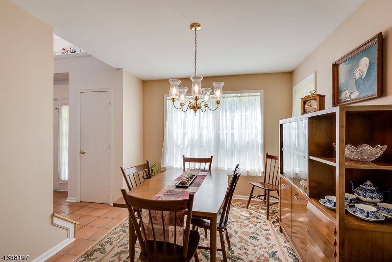 Additional photo for property listing at 61 Weatherhill Road  Hamburg, New Jersey 07419 United States