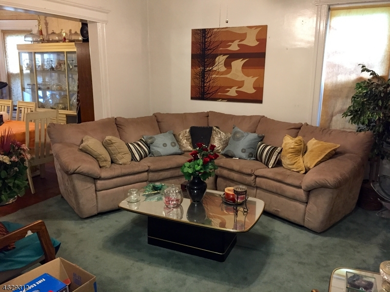Additional photo for property listing at 12 Lindsley Avenue  Maplewood, New Jersey 07040 États-Unis
