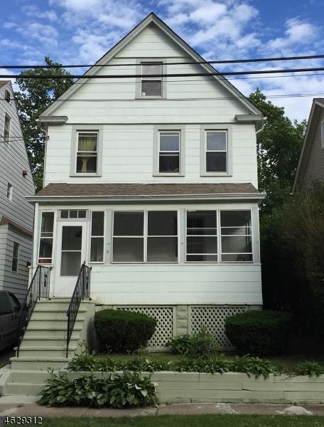 Maison unifamiliale pour l Vente à 12 Lindsley Avenue Maplewood, New Jersey 07040 États-Unis