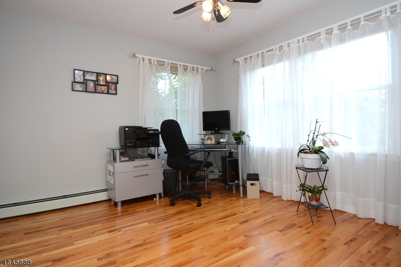 Additional photo for property listing at 8-04 FOREST Street  Fair Lawn, New Jersey 07410 United States