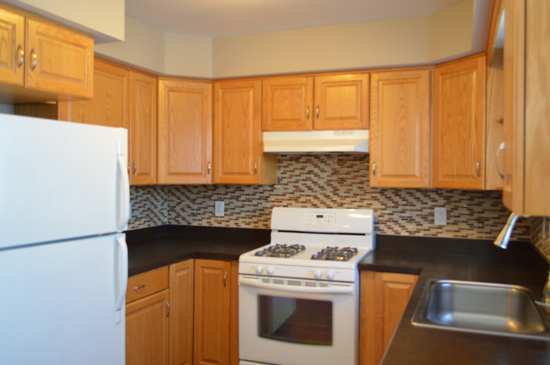 Additional photo for property listing at 124 Home Pl, UNIT 14  Lodi, Нью-Джерси 07644 Соединенные Штаты