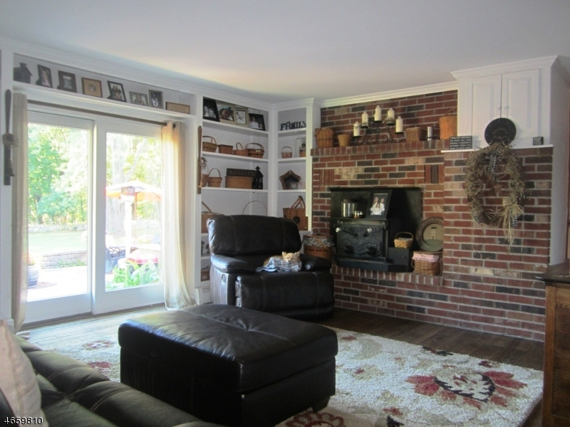 Additional photo for property listing at 8 Ayers Road  Montague, New Jersey 07827 États-Unis
