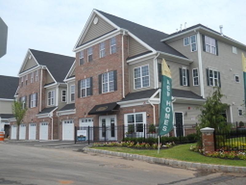 Частный односемейный дом для того Аренда на 44 Station Sq Union, 07083 Соединенные Штаты