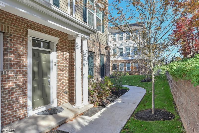 Частный односемейный дом для того Аренда на 27 Truman Drive Wood Ridge, Нью-Джерси 07075 Соединенные Штаты