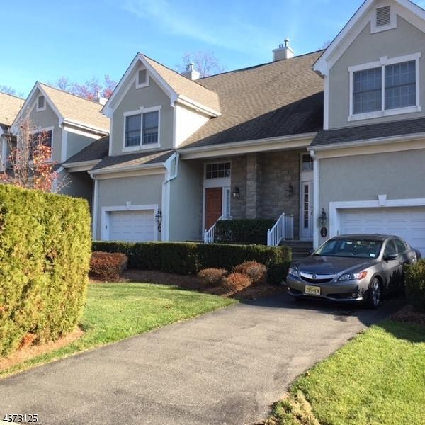 Maison unifamiliale pour l à louer à 120 Green Way Montvale, New Jersey 07645 États-Unis