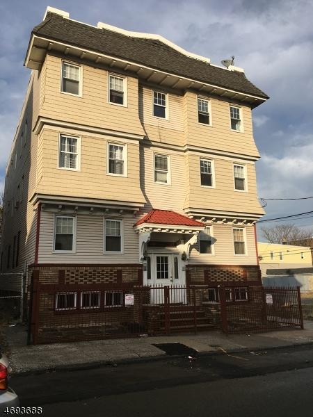 Maison unifamiliale pour l à louer à 327-329 17TH Avenue Irvington, New Jersey 07111 États-Unis