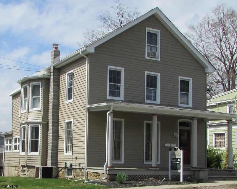 独户住宅 为 出租 在 119 High Street 哈克特斯镇, 新泽西州 07840 美国