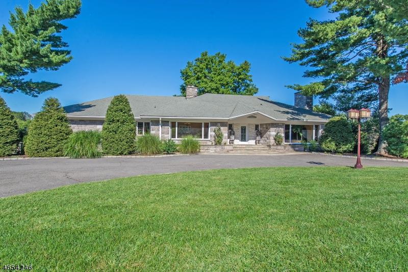 独户住宅 为 销售 在 715 Totowa Road Totowa, 07512 美国