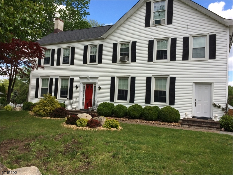 Single Family Home for Sale at 489 S Beverwyck Road Parsippany, New Jersey 07054 United States