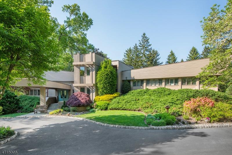 Maison unifamiliale pour l Vente à 38 Carteret Road Allendale, New Jersey 07401 États-Unis