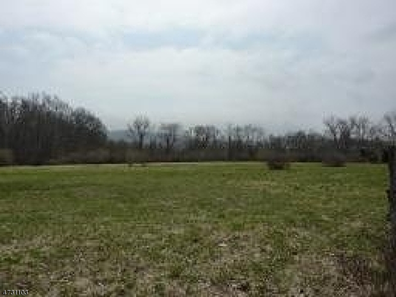 Land for Sale at 104 Pequest Road Oxford, New Jersey 07863 United States