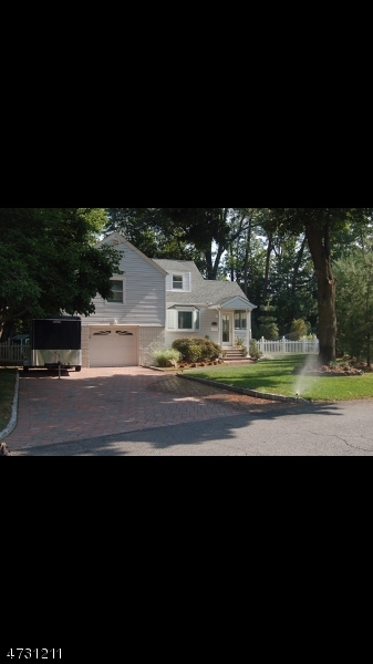 Single Family Home for Rent at 41 Newton Road Wayne, New Jersey 07470 United States