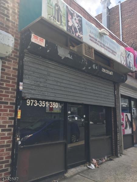 商用 为 销售 在 122-128 MYRTLE Avenue Irvington, 新泽西州 07111 美国