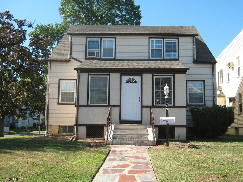 Single Family Home for Rent at 74 Caldwell Place Springfield, New Jersey 07081 United States
