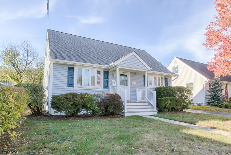 独户住宅 为 销售 在 226 Midland Avenue 朋普顿雷克, 新泽西州 07442 美国