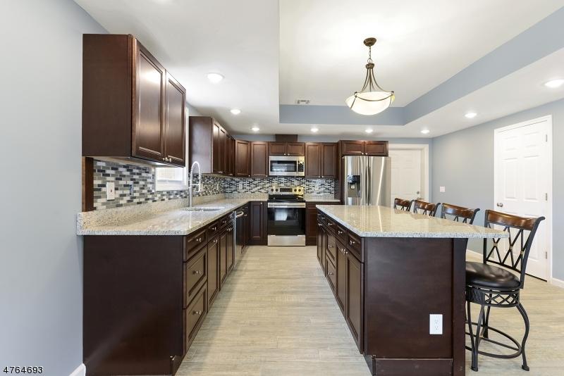 Casa Unifamiliar por un Alquiler en 499 New Brunswick Ave Unit A Phillipsburg, Nueva Jersey 08865 Estados Unidos
