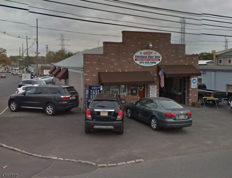 Commercial للـ Sale في 28 Watchung Avenue 28 Watchung Avenue Chatham, New Jersey 07928 United States