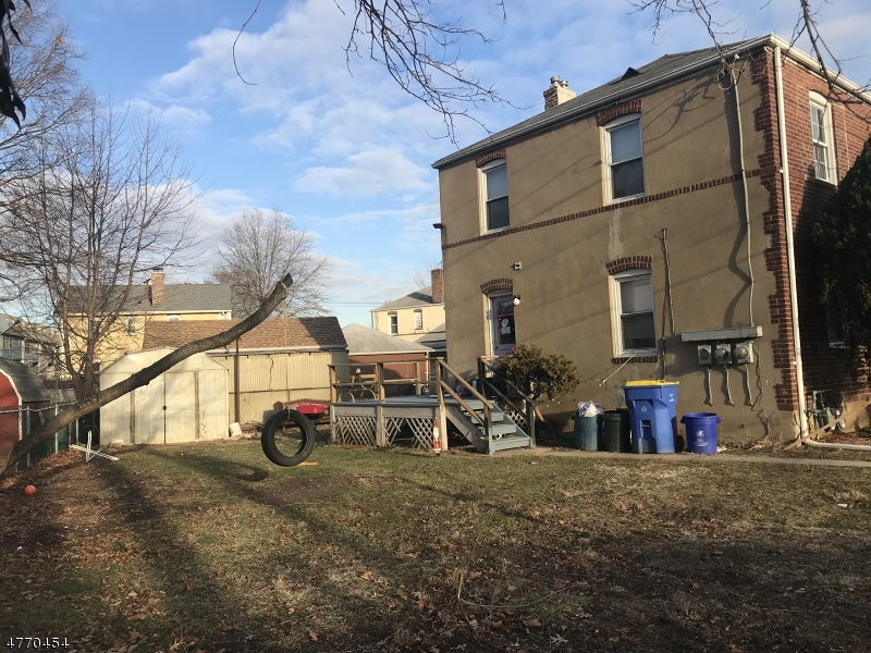 Multi-Family Home for Sale at 10 Edgewood Ter South Bound Brook, New Jersey 08880 United States
