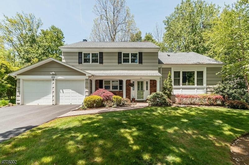 Μονοκατοικία για την Πώληση στο 200 Lorraine Drive 200 Lorraine Drive Berkeley Heights, Νιου Τζερσεϋ 07922 Ηνωμενεσ Πολιτειεσ