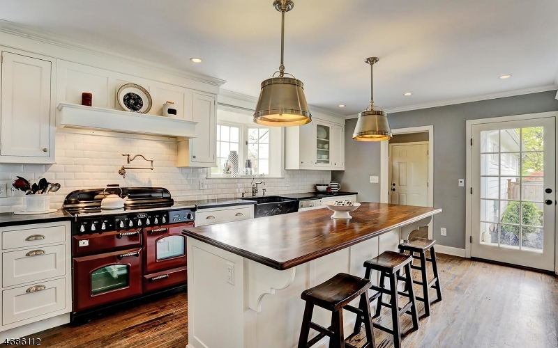 Maison unifamiliale pour l Vente à 697 Georgetown-Franklin Tpke Montgomery, New Jersey 08558 États-Unis
