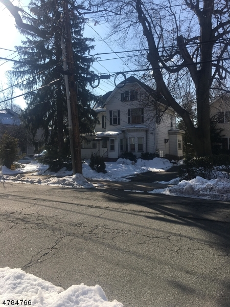 Single Family Home for Rent at 34 Franklin Place Summit, New Jersey 07901 United States