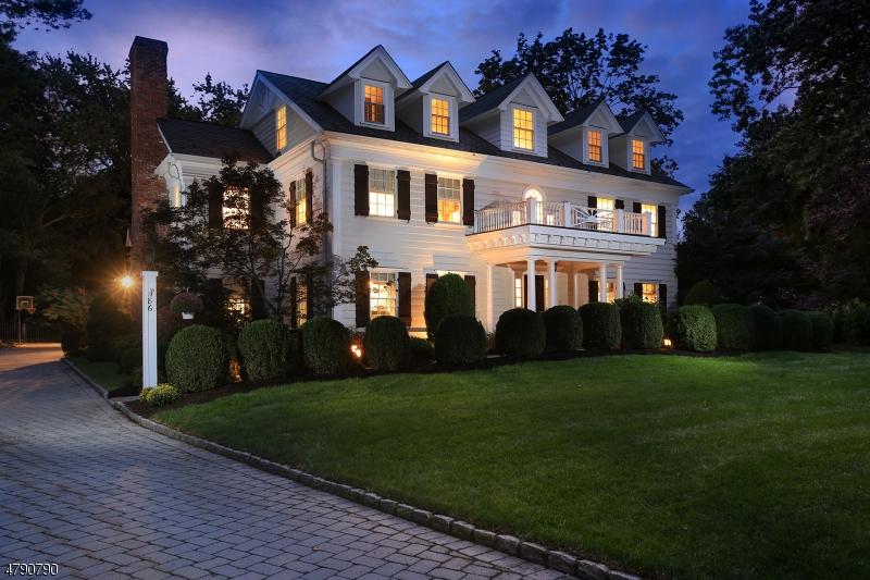Eensgezinswoning voor Verkoop op 86 Noe Avenue Chatham, New Jersey 07940 Verenigde Staten