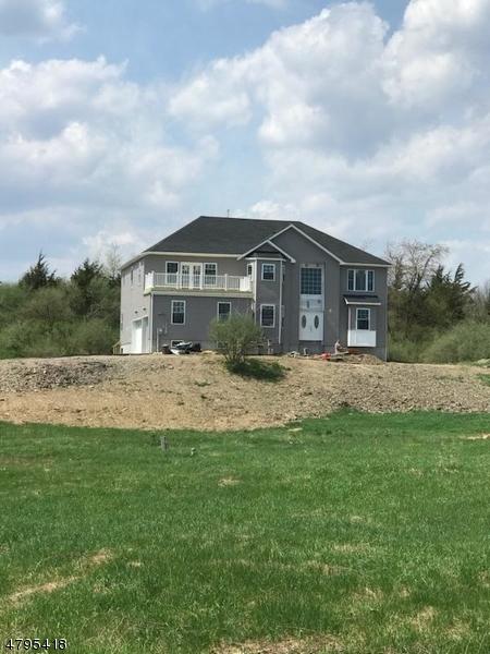 独户住宅 为 销售 在 10 ROUTE 519 Hampton, 新泽西州 07860 美国