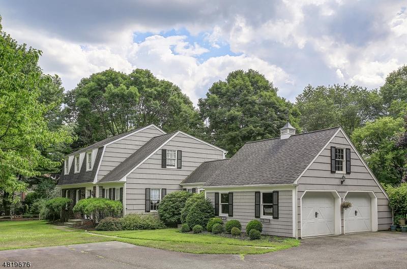 Частный односемейный дом для того Продажа на 45 OLD CHESTER Road Peapack Gladstone, Нью-Джерси 07934 Соединенные Штаты