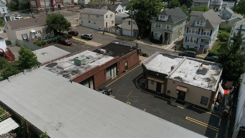 商用 為 出售 在 63 DANFORTH Avenue Paterson, 新澤西州 07501 美國