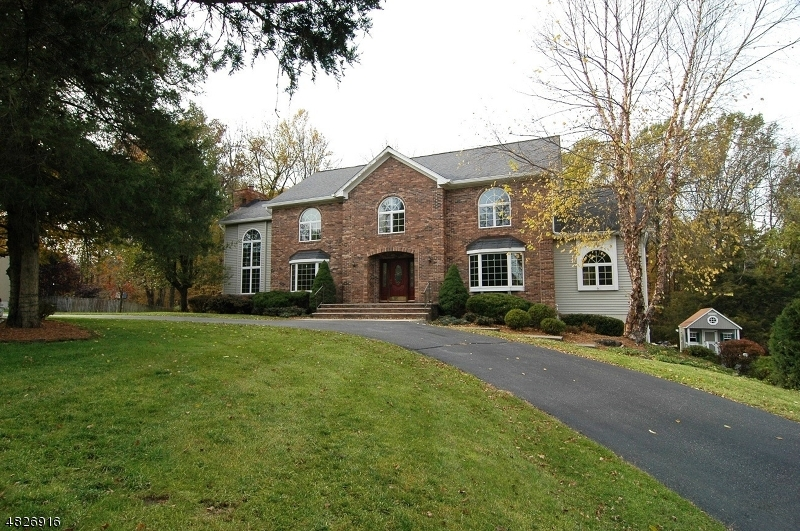 Single Family Home for Sale at 20 FARMBROOK RD 20 FARMBROOK RD Sparta, New Jersey 07871 United States