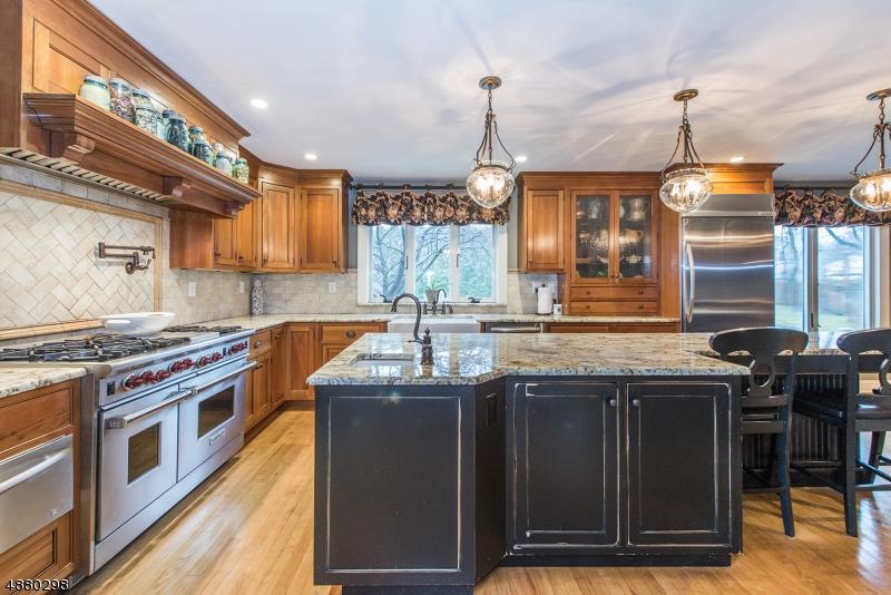 Casa para uma família para Venda às Roxbury Township, Nova Jersey 07876 Estados Unidos