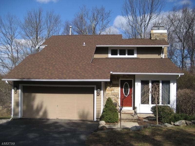 Casa para uma família para Venda às 20 CANADA GOOSE Drive Allamuchy, Nova Jersey 07840 Estados Unidos