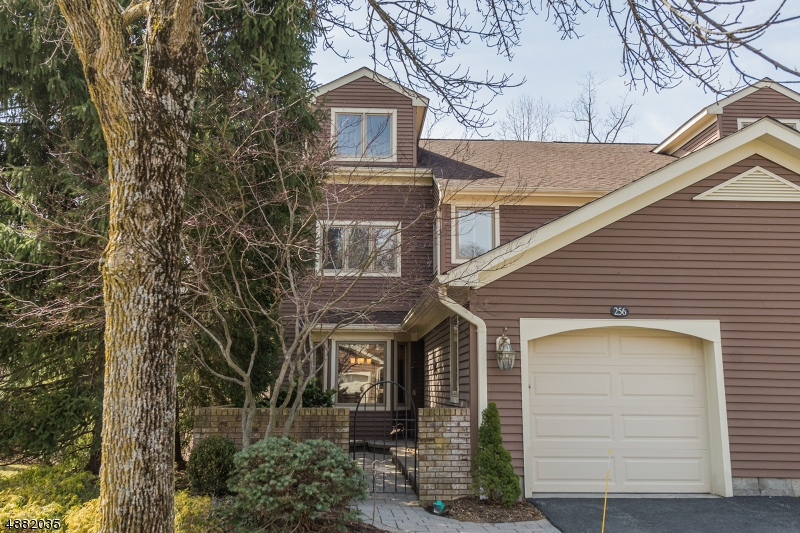 Condominium for Sale at 256 WESTERVELT LN Mahwah, New Jersey 07430 United States