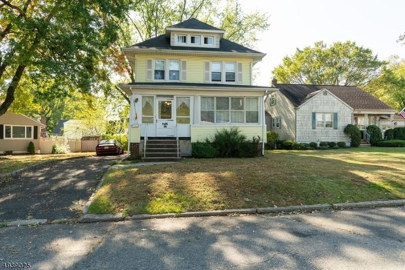 Single Family Homes för Försäljning vid Garwood, New Jersey 07027 Förenta staterna