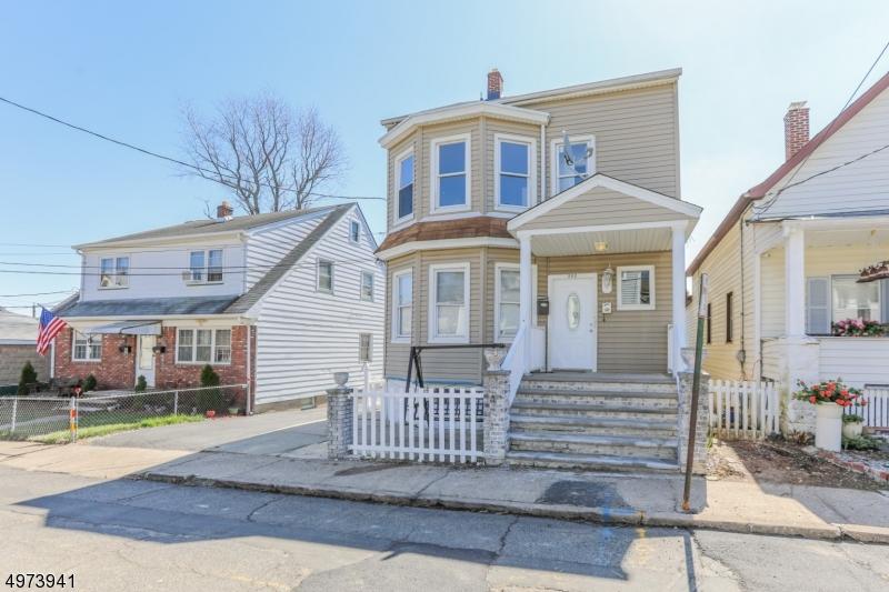 Multi-Family Homes por un Venta en Prospect Park, Nueva Jersey 07508 Estados Unidos