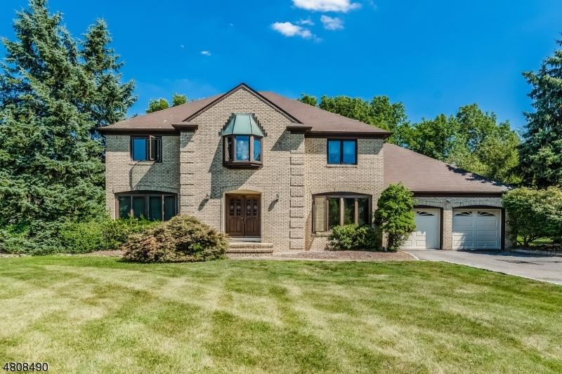 Single Family Homes för Försäljning vid Branchburg, New Jersey 08853 Förenta staterna